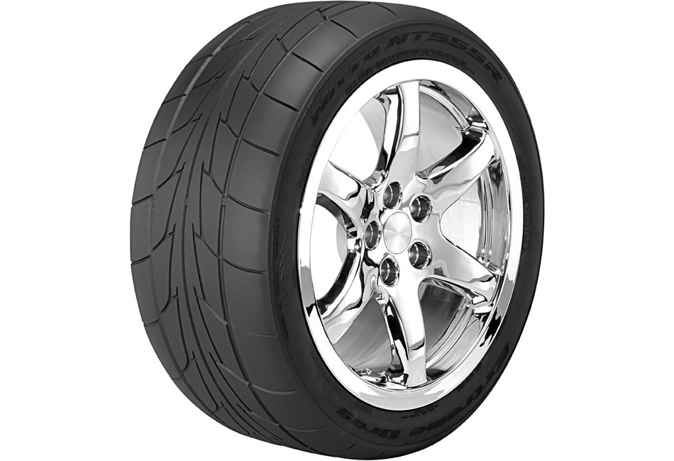 Nitto NT555RII Road Race Tire - 305/35R18