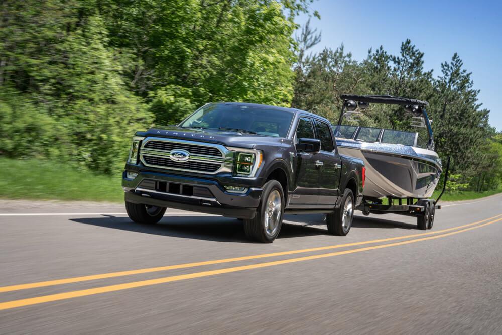 2021 Mustang F-150 Towing Trailer