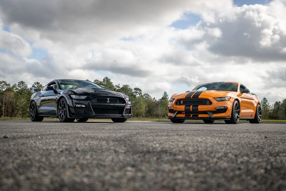 Shadow Black Shelby GT500 and Orange Fury GT350R
