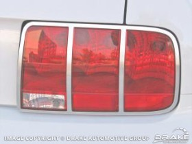 Drake Mustang Taillight Bezel Aluminum Polished Pair (2005-2009)