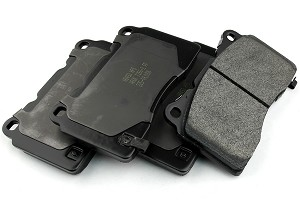 Hawk HP Plus Mustang Brake Pads - Front Set (13-14 GT500)