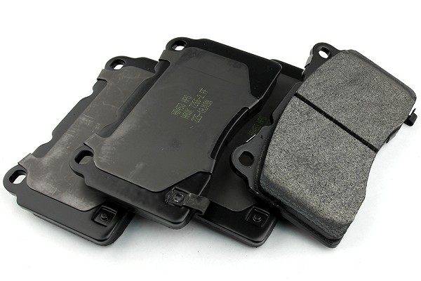 Hawk HP Plus Mustang Brake Pads - Front (07-14 GT500, 11-14 GT w/ Brembos, Boss 302)