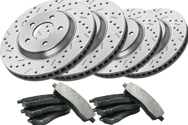 Steeda/Xtreme Complete Front & Rear Brake Kit (05-10 V6)